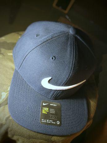 Czapka z daszkiem Nike Sportswear Pro Swoosh