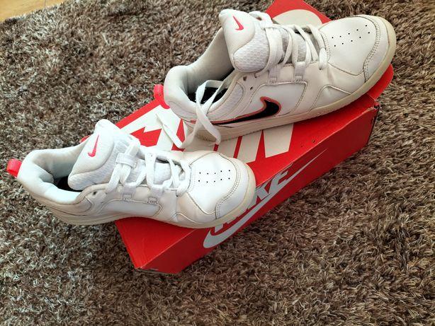Buty Nike damskie rozmiar 38
