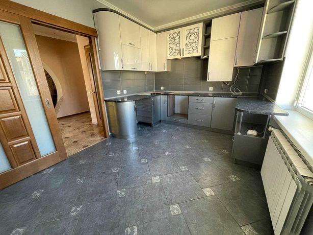 Продаж квартири для великої сім«ї в розвинутому мікрорайоні Пасічної