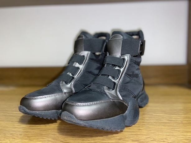 Женские ботинки ( демисезон) 39 размер
