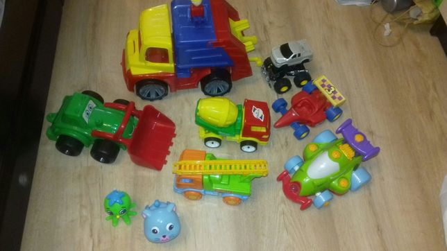 Машинки. конструктор. мусоровоз орион. Заводные игрушки.