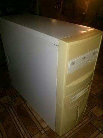 Компьютерный системный блок Intel2000 рабочий хор сост
