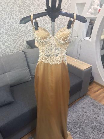 Продам выпускное, вечерние платье