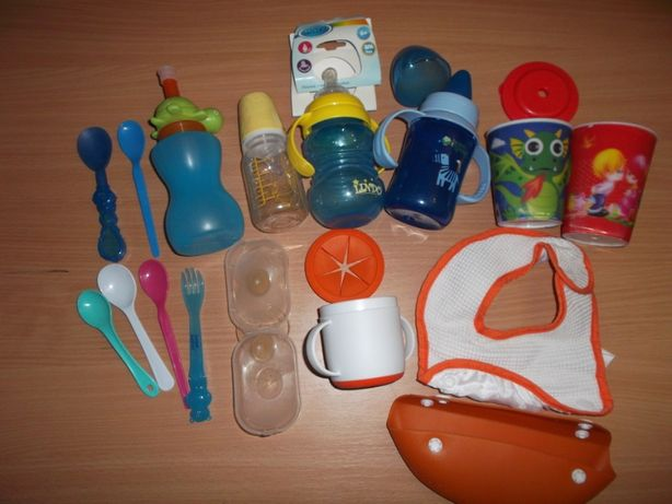 Бутылочка поилка для кормления ребёнка+ ложка+стакан