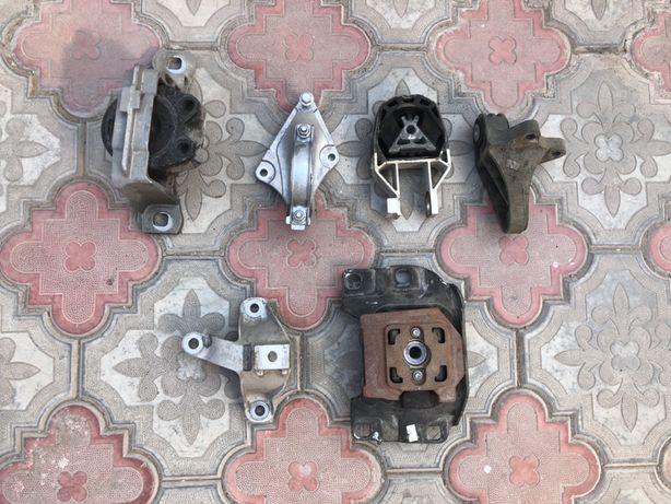 Подушка-крепление двигателя Форд фокус мк3 Америка 2.0