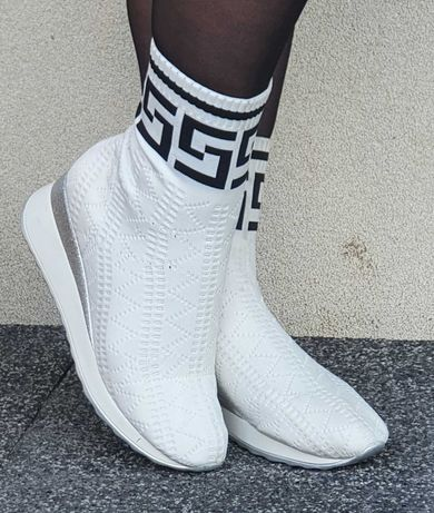 PIĘKNE BIAŁE Sneakersy damskie za kostkę skarpetkowe