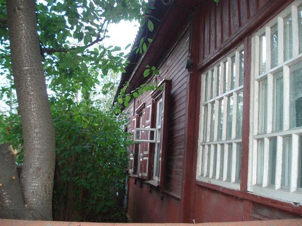 Продам часть дома с гаражом и участком в Центре города!