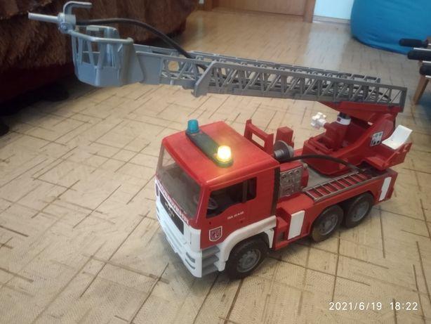 """Большая пожарная машина """"Bruder"""""""