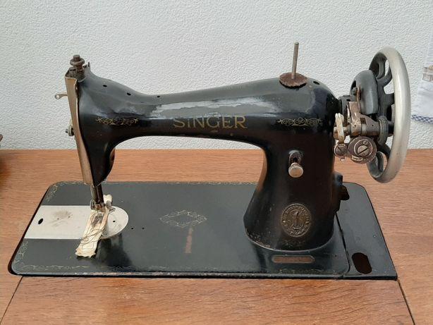 Máquinas Singer 1919 e 1928