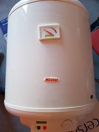 Elektryczny ogrzewacz wody. Bojler 40l jak nowy