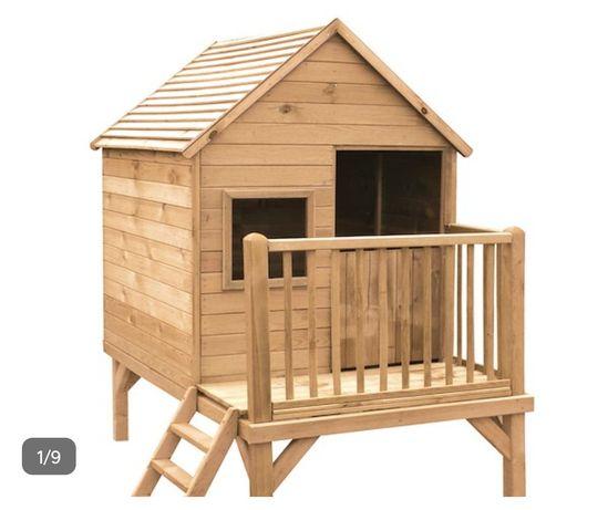 Casa infantil de madeira