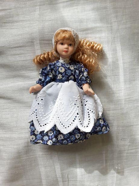 Lalka, laleczka porcelanowa