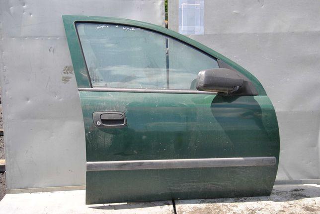 Opel Astra G kombi drzwi prawy przód