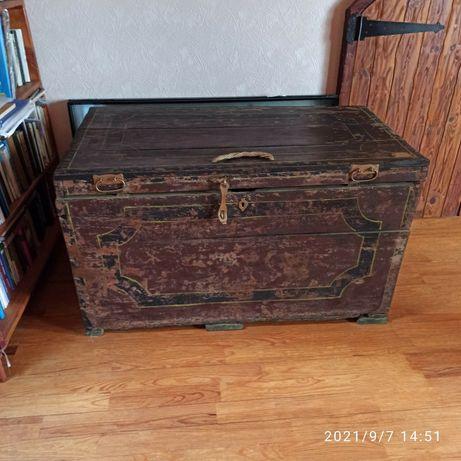 Сундук (старый) деревянный- 4 800 грн.