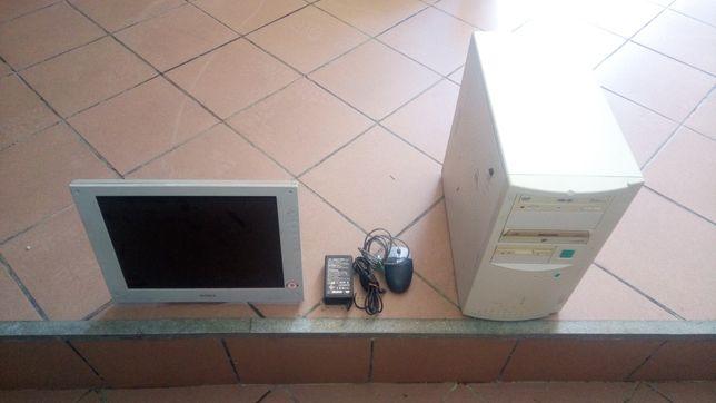 Torre Asus + Ecrã Sony + Rato HP + Transformador ACER