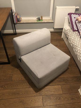 Mini fotel z funkcja spania fitelik rozkładany