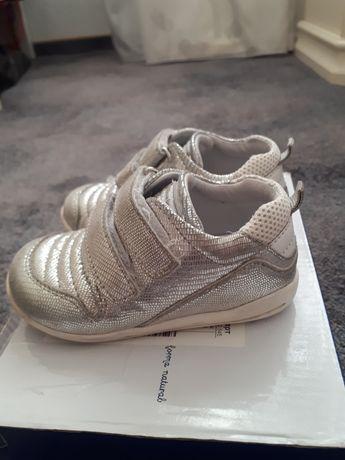 Кеды, туфли Chicco 22й размер. Ортопедические кеды, туфли 22