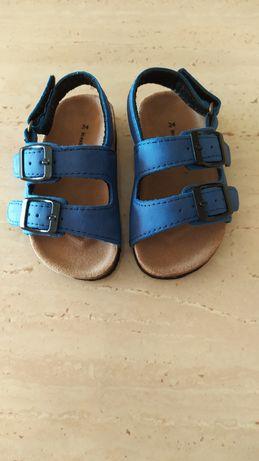 Sandałki chłopięce r. 20
