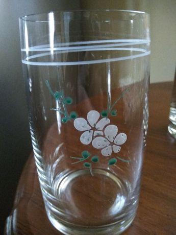 Продам 2 новых пивных бокала, новый набор стаканов (6 шт.)