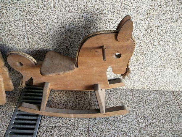 Cavalo baloiço