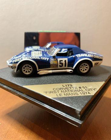 Miniaturas 1:43  Corvette + Seat Cordoba WRC