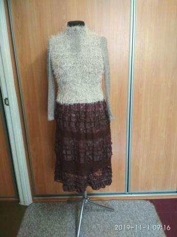 Продам комплект одежды, юбка и кофта.
