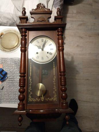 Zegar z wahadłem w idealnym stanie