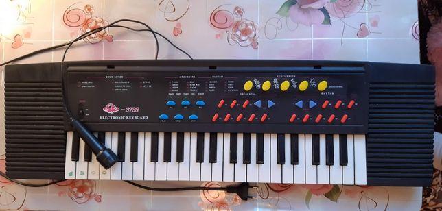 Синтезатор SK-3738