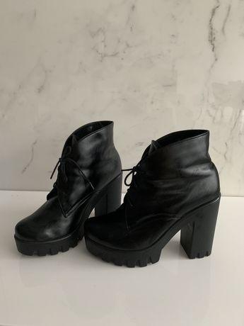 Кожаные ботинки 38 р, удобные