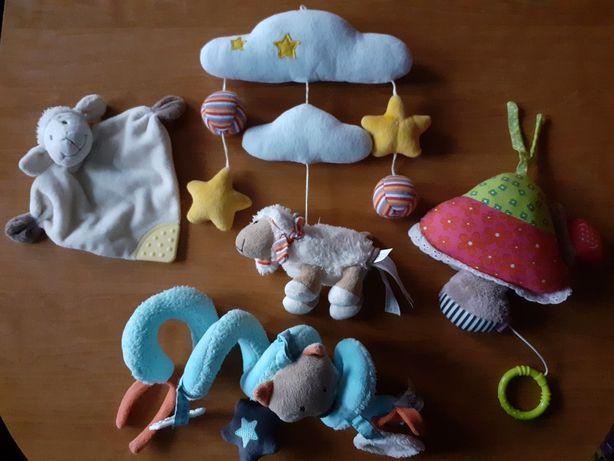 Zestaw dla niemowlaka pozytywki grzechotki sensoryczne pałąki sorter
