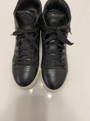 Весенние кроссовки(кожа)