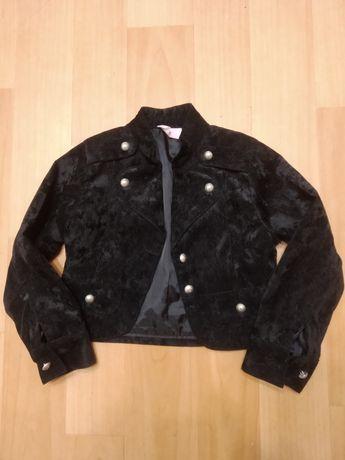Продам пиджак 6-7 лет