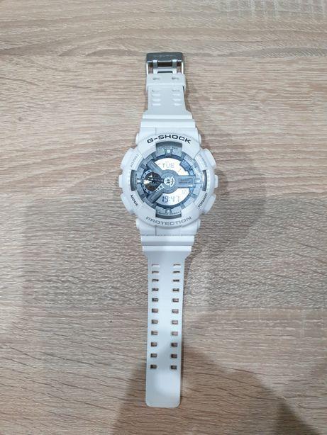 Zegarek G shock ga-110C biały
