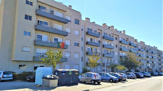 T1 + 1 - Rua da Bélgica – Varanda e Vista de Mar