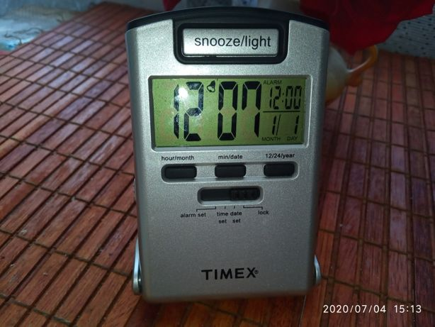 Новые электр.цифровые Ledчасы,будильник,фонарь,календарь,тайммер