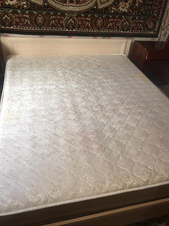 Продаем кровать МДФ 160*200