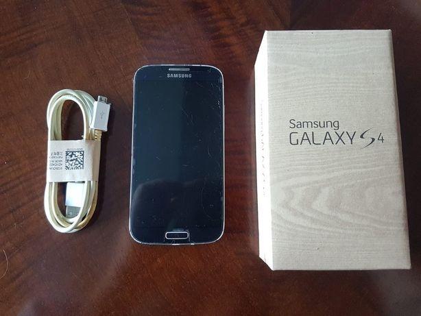 Samsung Galaxy S4 com ecrã partido