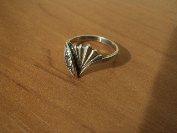 кольцо -Спрашивайте- если интересно