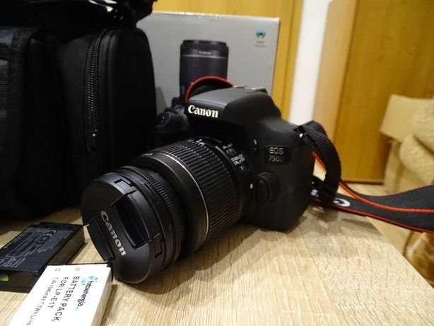 Lustrzanka Canon EOS 750D + obiektyw 18-55 mm + torba