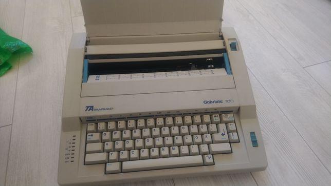 Eletroniczna maszyna do pisania Triumph-Adler