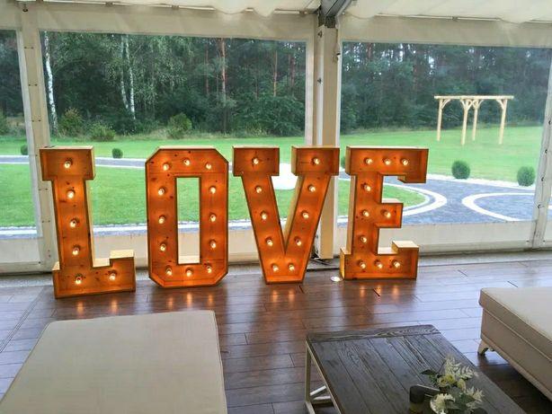 Napis #LOVE / drewniane litery na Wesele