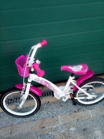 Vendo esta bicicleta roda 16