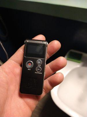 Dyktafon cyfrowy- 8GB