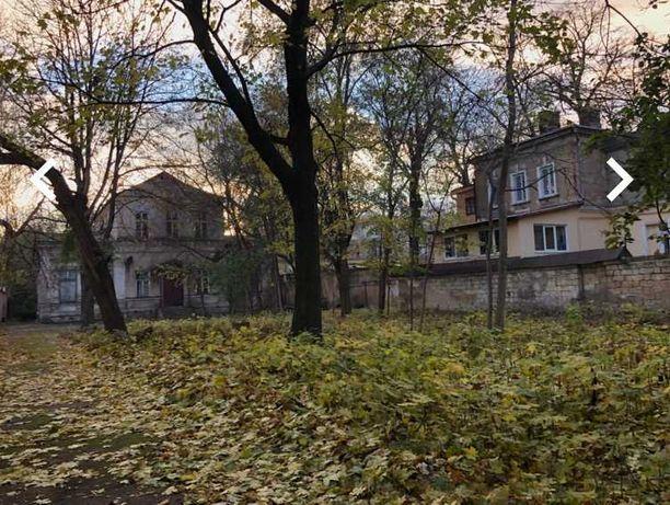 Продам участок в центре города под строительство многоэтажки   As