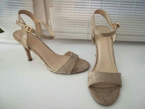 Sandałki na obcasie Jenny Fairy 39