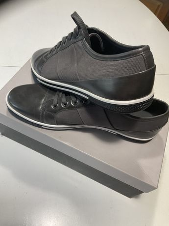 Продам обувь. Zanzara новая.