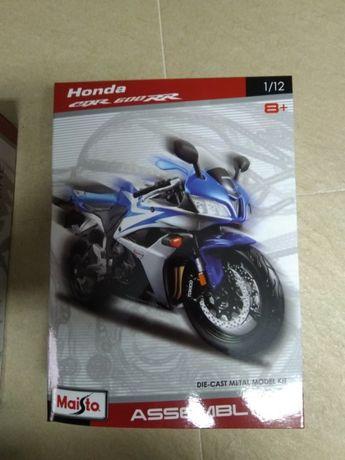Maisto 1/12 Honda CBR 600 RR - NOVO