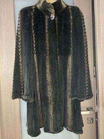 Манто из вязаной норки
