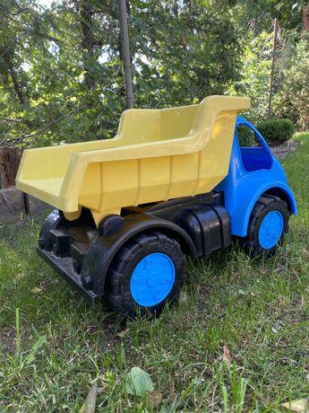 Камаз та машинка дитячий (США)