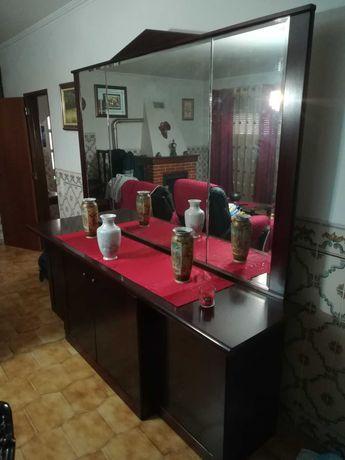 Mobília para sala/quarto +Armário/Roupeiro +6 cadeiras e mesa +2 Sofás